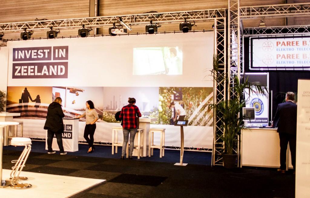 Ook de stand van Invest in Zeeland werd door Relight opgebouwd
